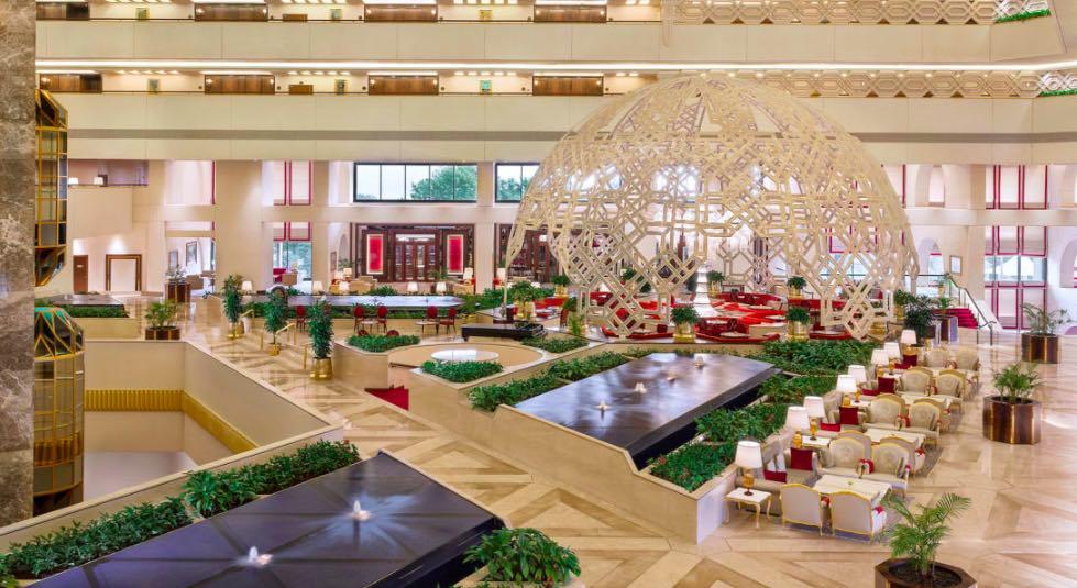 Il ristorante aperto tutto il giorno dello Sheraton Grand Doha Al Hubara è un posto favoloso per il brunch - meteoweek.com