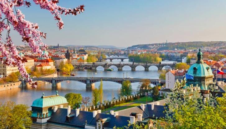 Praga i 15 posti che ti faranno desiderare di visitarla - meteoweek.com