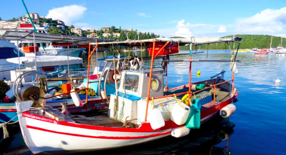 Sivota è un affascinante villaggio di pescatori con accesso a numerose spiagge e baie nascoste - meteoweek.com