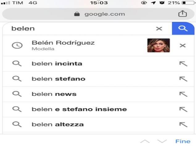 Belen Rodriguez e Stefano De Martino: aria di famiglia a Ibiza
