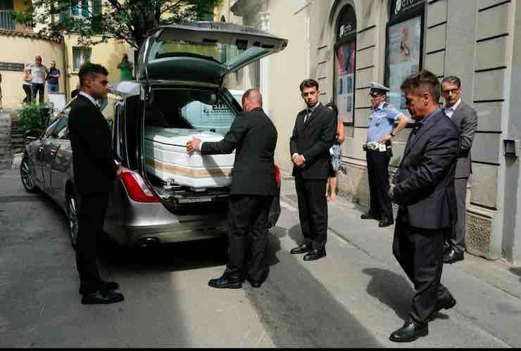 Nadia Toffa funerali, info diretta streaming e tv: l'ultimo saluto