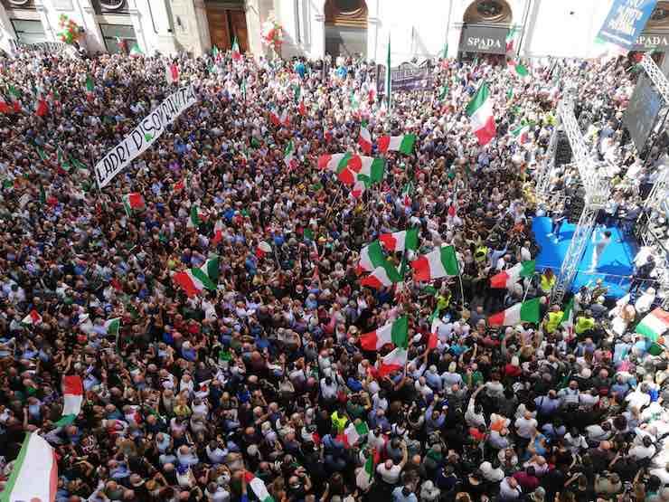 Manifestazione contro governo 9 settembre info diretta for Camera dei deputati diretta streaming