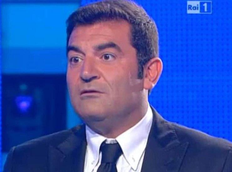 Max Giusti chi e | carriera | vita privata del conduttore e attore - meteoweek