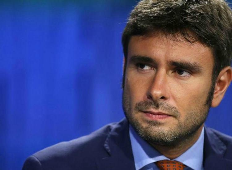 Di Battista attacca Renzi