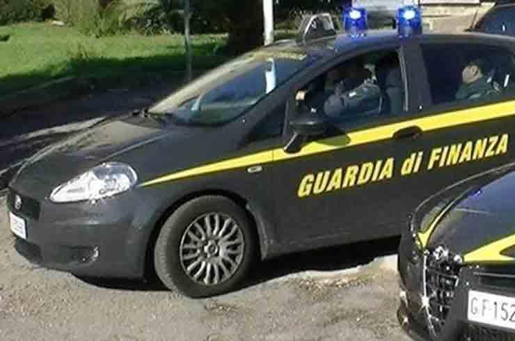 Truffa commercialisti Torino
