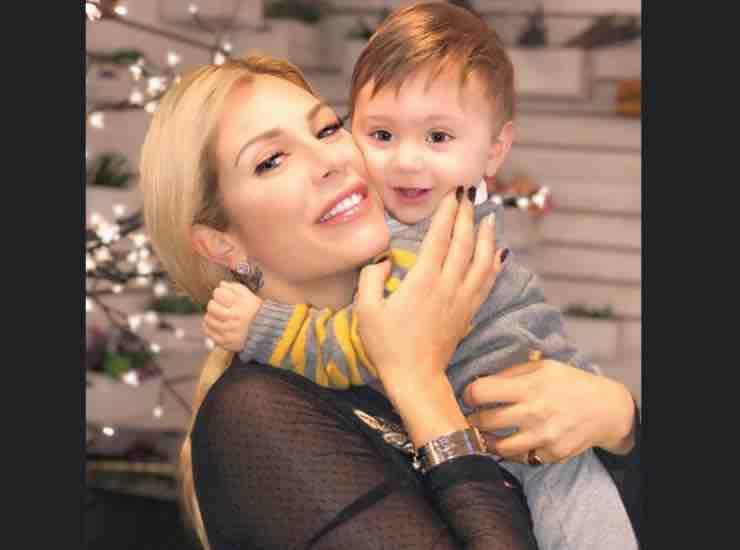 Paola Caruso con suo figlio chi è - mteoweek