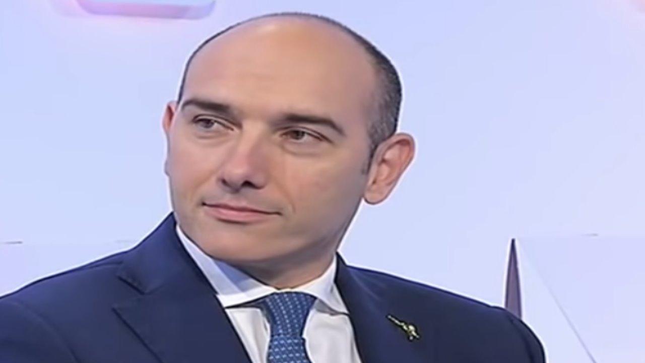 Alessandro Morelli chi è | carriera e vita privata del politico - meteoweek