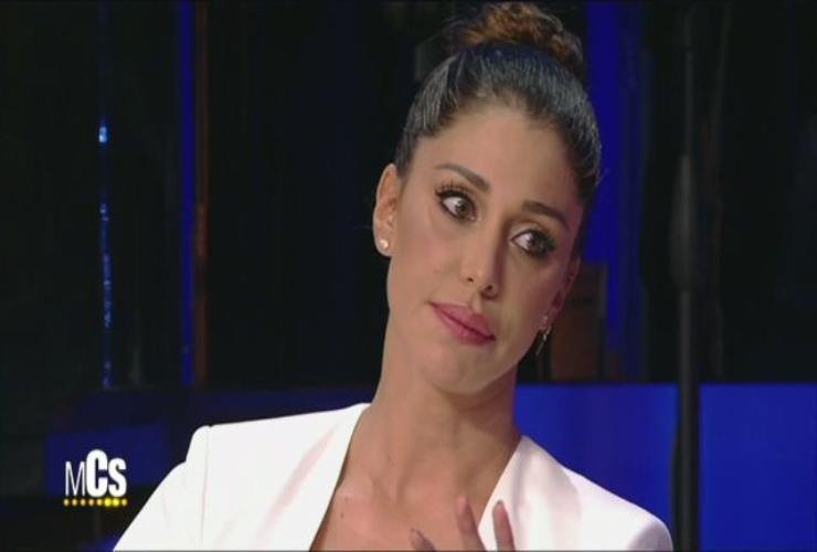 Caterina Balivo difende Belen E bravissima a truccarsi da sola