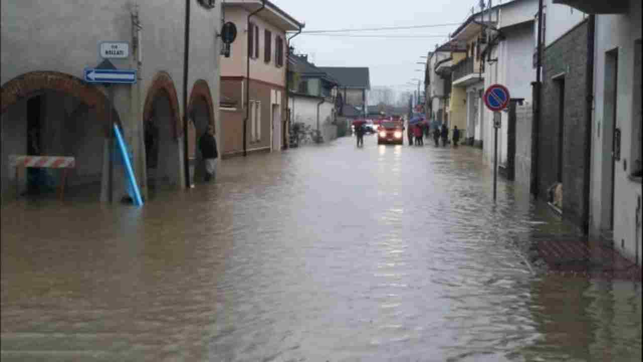 Maltempo, Piemonte in ginocchio, il paese di Cardè finisce sott'acqua - meteoweek