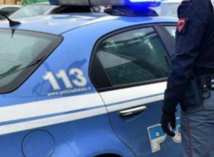 Polizia scopre falsi Ncc