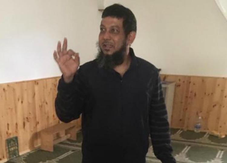 arrestato imam che picchia i bambini