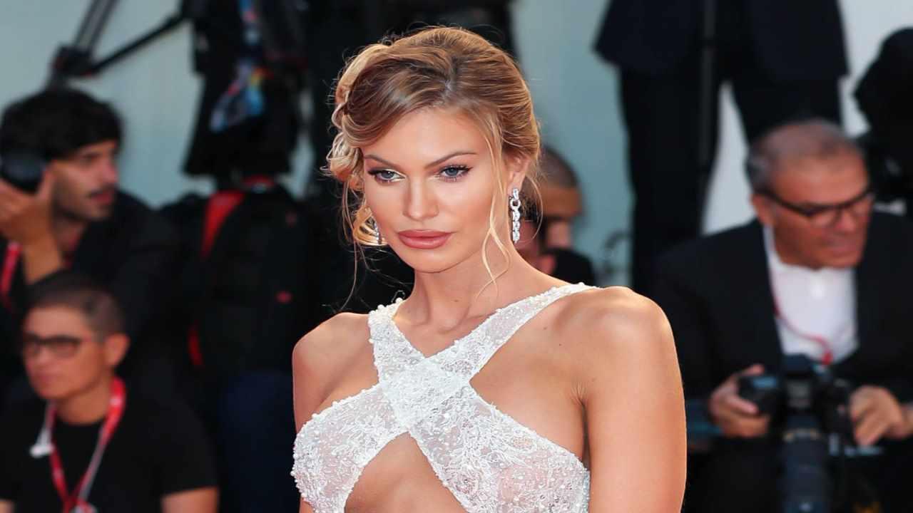 Taylor Mega chi è   carriera e vita privata della modella - meteoweek
