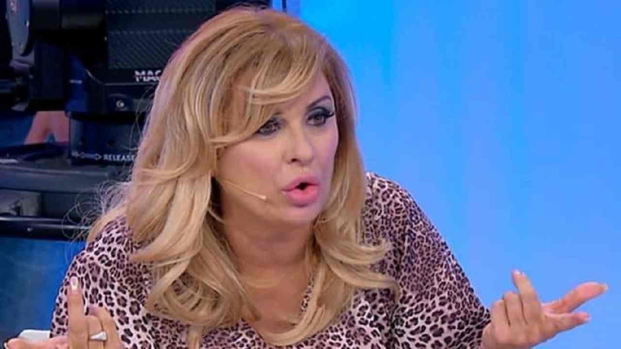 Tina Cipollari lite furiosa con Veronica Burchielli