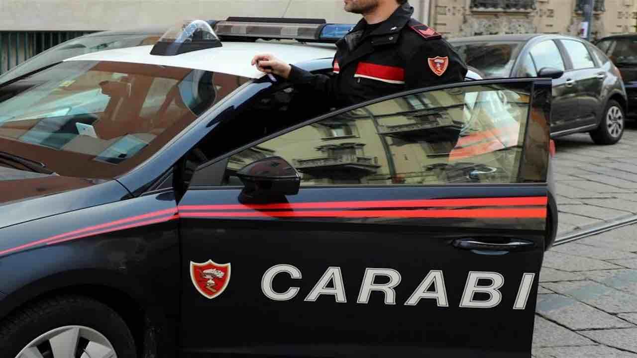 Corruzione, arrestati cinque carabinieri | Il pm spiega il r