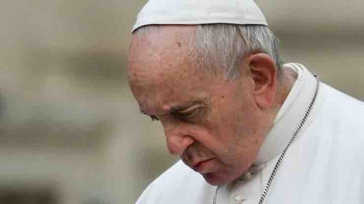 Papa Francesco ha segato il Cardinal Sodano