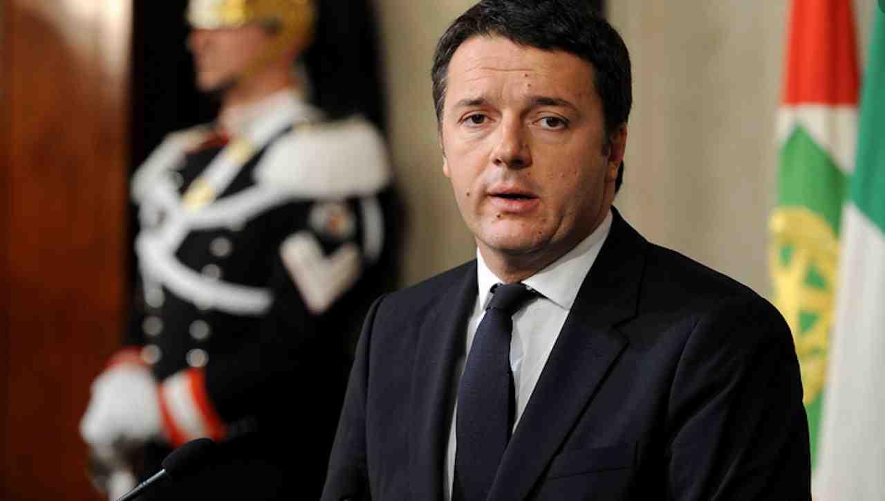 """matteo renzi sulla vicenda Berlusconi """"serve chiarezza"""""""