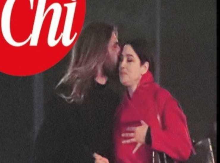 Monica Bellucci torna da Nicolas, scatti rubati a Parigi