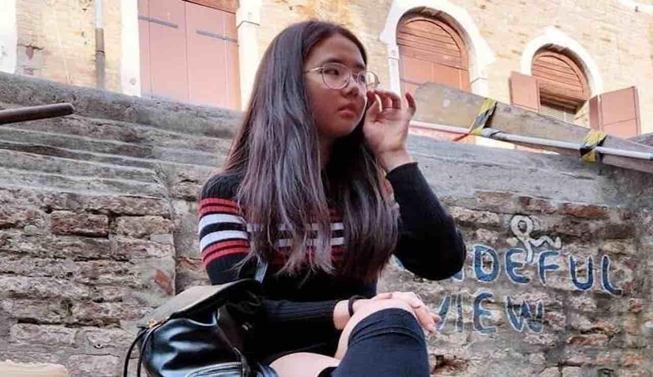 """Studentessa cinese denuncia: """"Presa a sputi per la mia nazio"""