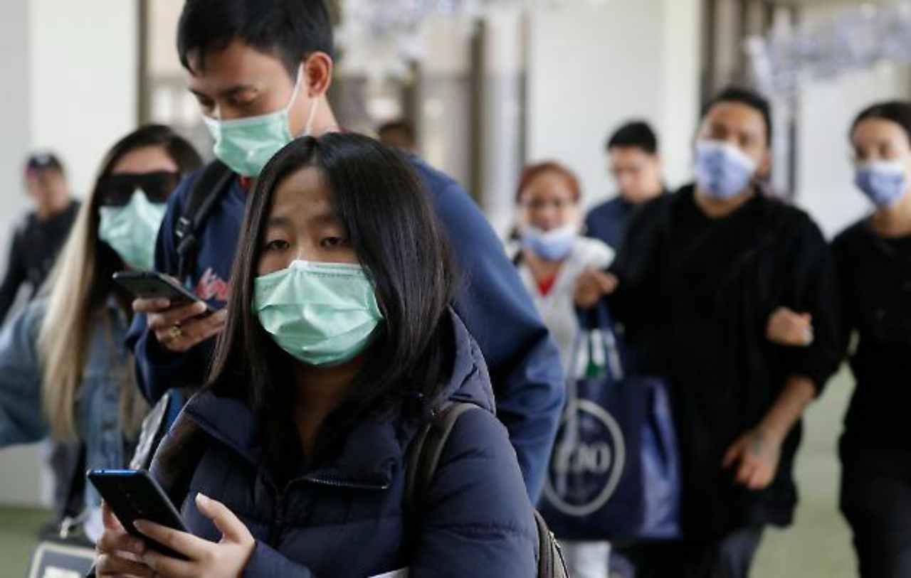 Paura del contagio, ad Hong Kong un grattacielo è stato dato