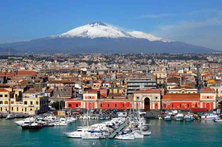 Meteo Catania oggi venerdì 24 gennaio: cieli nuvolosi