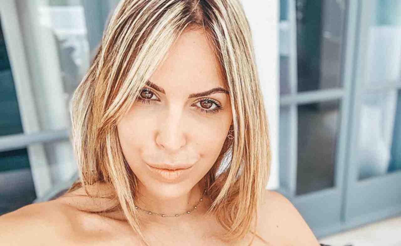 Claudia Dionigi pizzica Sara Affi Fella