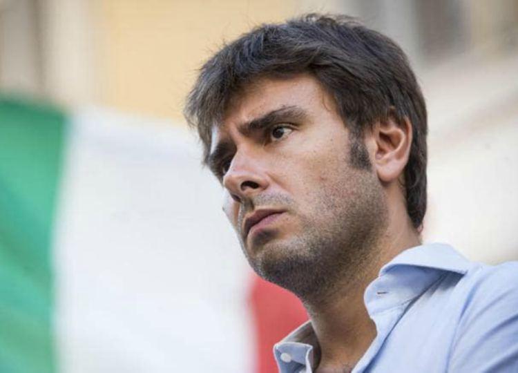 M5S: Di Battista, 'finisco ricerche in Iran e torno ad occuparmene'