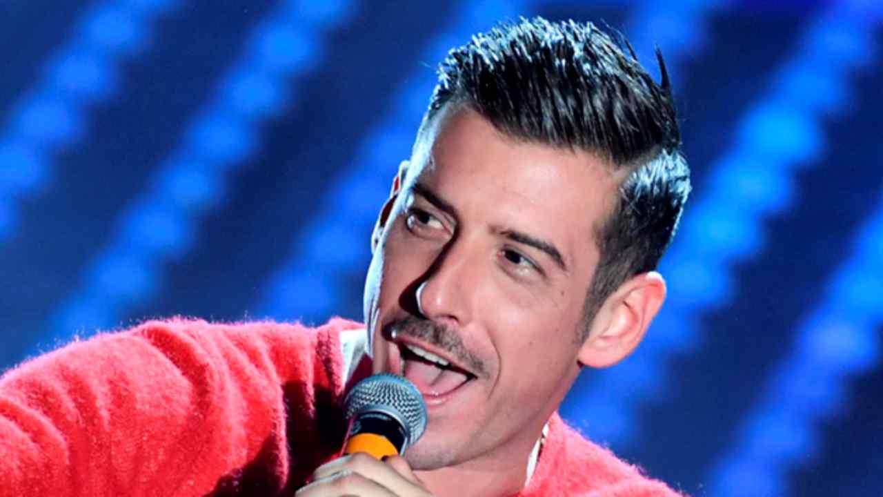 Francesco Gabbani chi è | carriera e vita privata del cantante - meteoweek