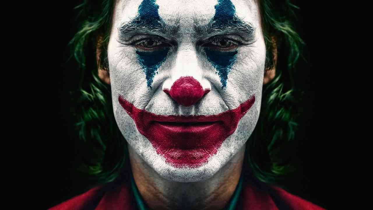 Joker | tutte le teorie dei fan sul clown criminale e psicop