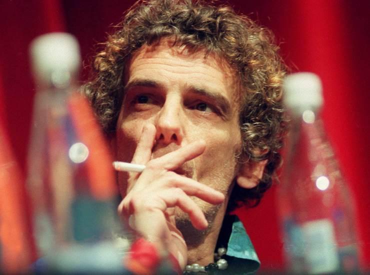 Luis Alberto Spinetta chi era   carriera e vita privata del musicista - meteoweek