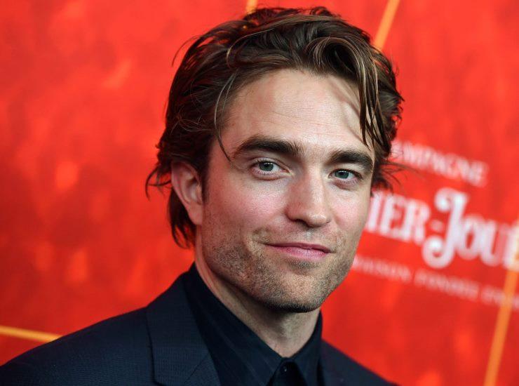Robert Pattinson chi è | carriera e vita privata dell'attore inglese - meteoweek