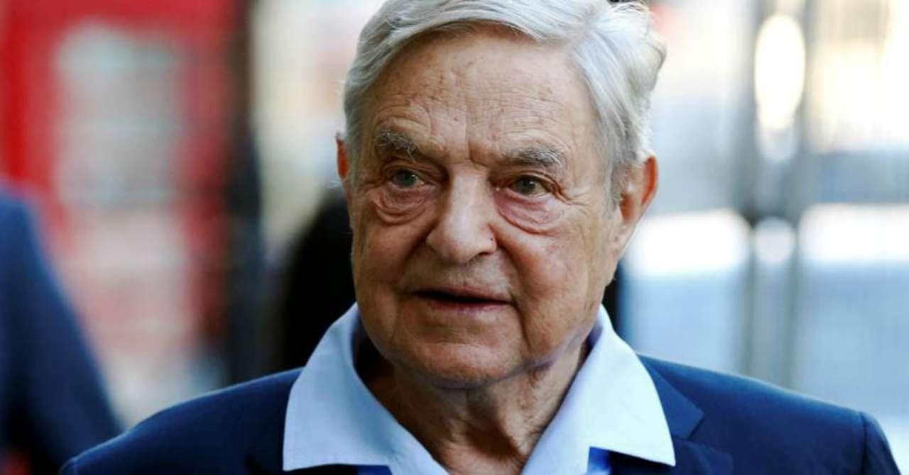 Soros: Facebook rieleggerà Trump, Italia: le Sardine spazzer