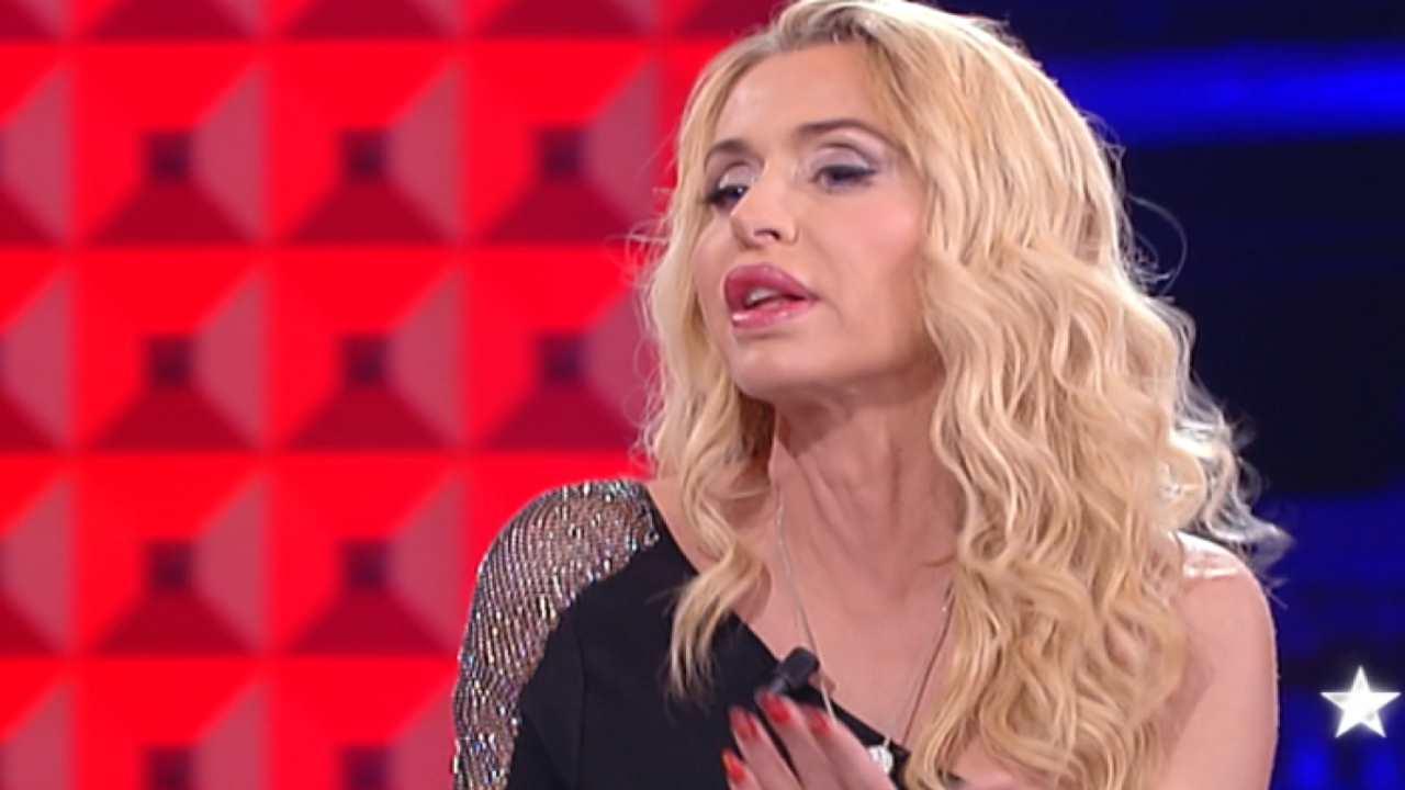 Valeria Marini chi è | carriera e vita privata della showgir
