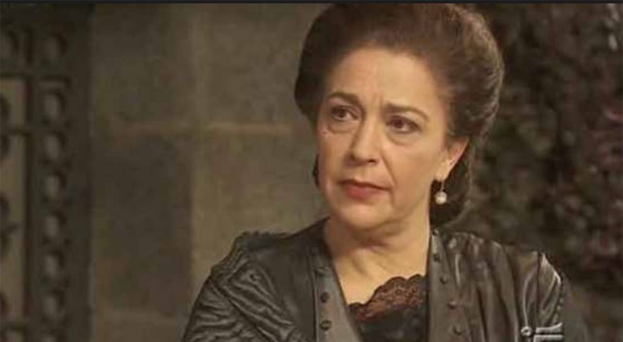 Maria Bouzas, Donna Francisca Montenegro