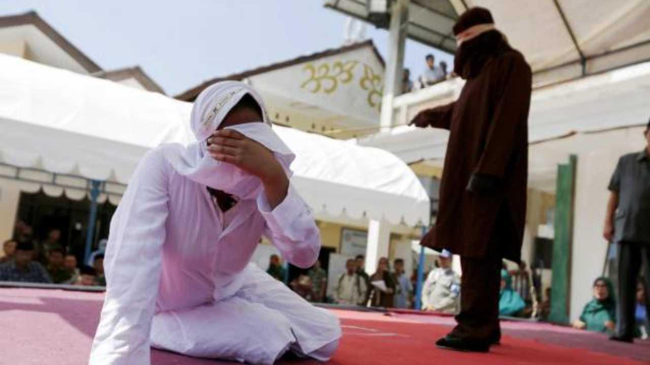 indonesia frustate