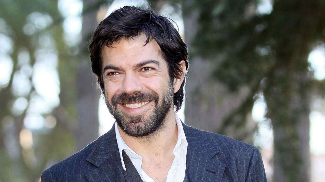 Pierfrancesco Favino chi e | carriera | vita privata dell attore - meteoweek