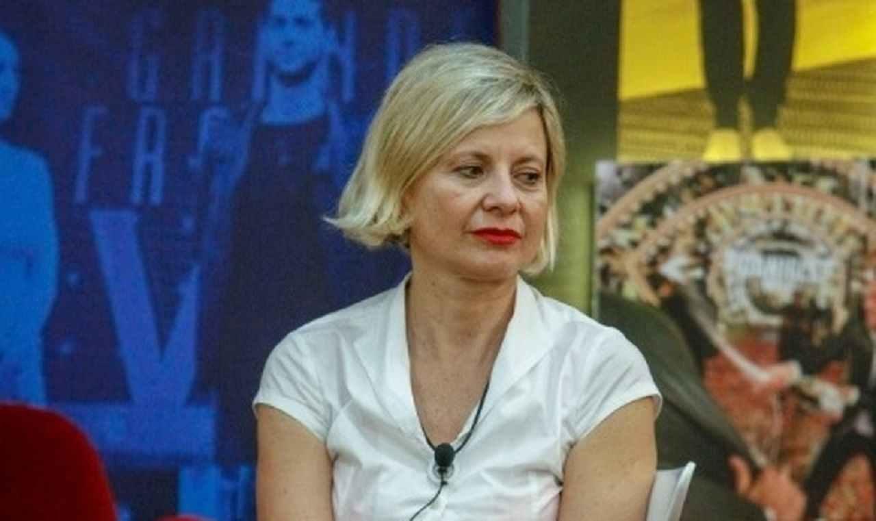 Antonella Elia spintone violenza GF Vip