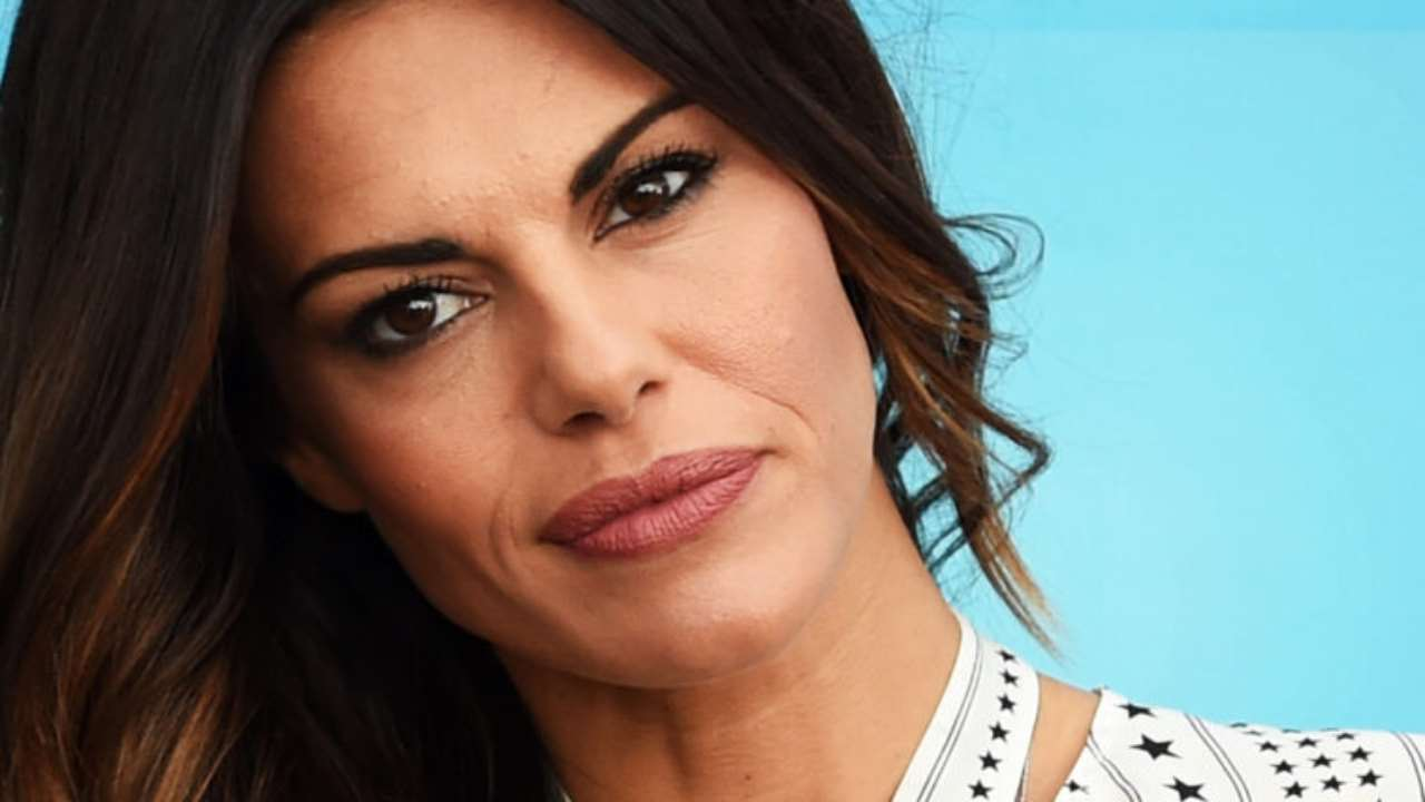 Bianca Guaccero chi è | carriera e vita privata dell'attrice e conduttrice tv - meteoweek