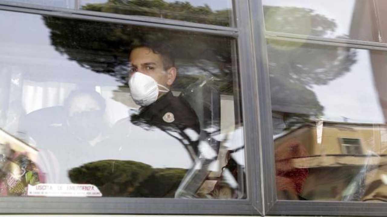 Coronavirus: tre nuove vittime in Italia, tutte in Lombardia