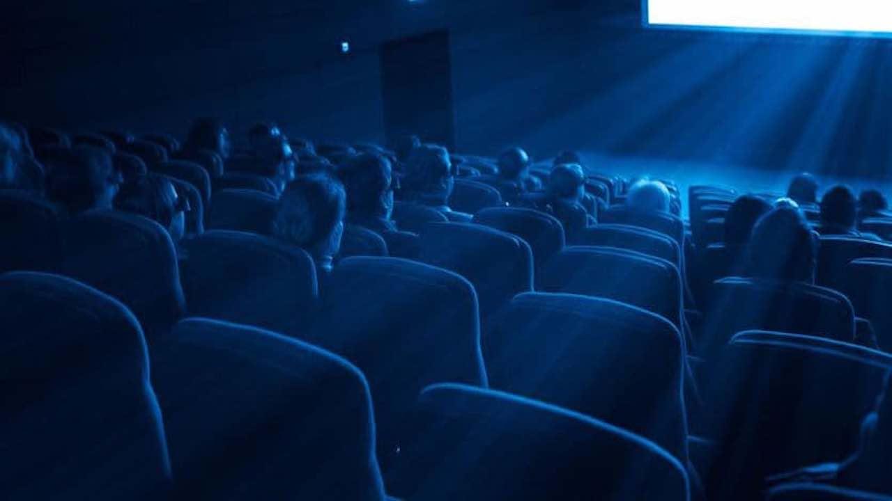 Cinema chiusi per Coronavirus | chiesto lo stato di crisi pe