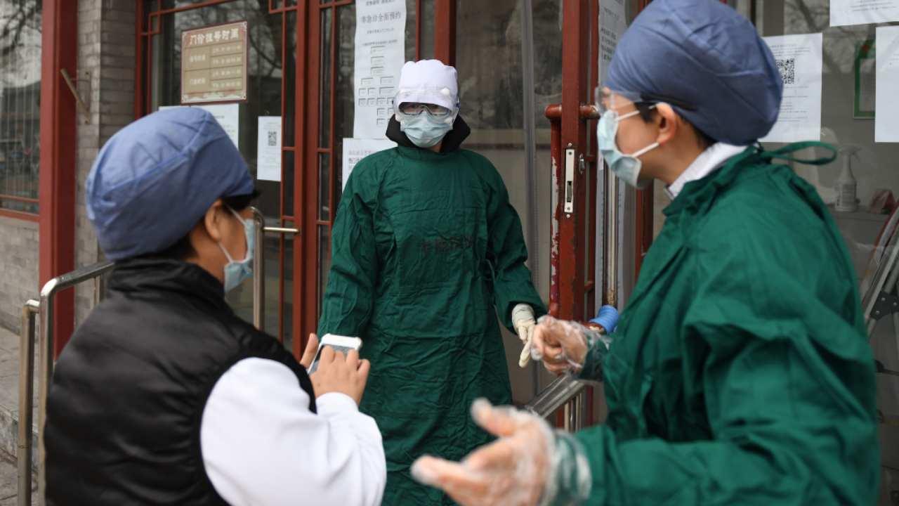 Coronavirus, quella mail per mettere a tacere i medici