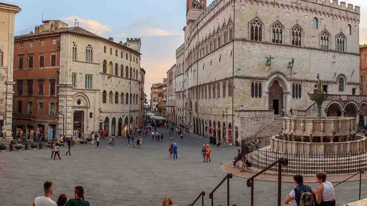 Meteo Perugia oggi lunedì 24 febbraio: poco nuvoloso