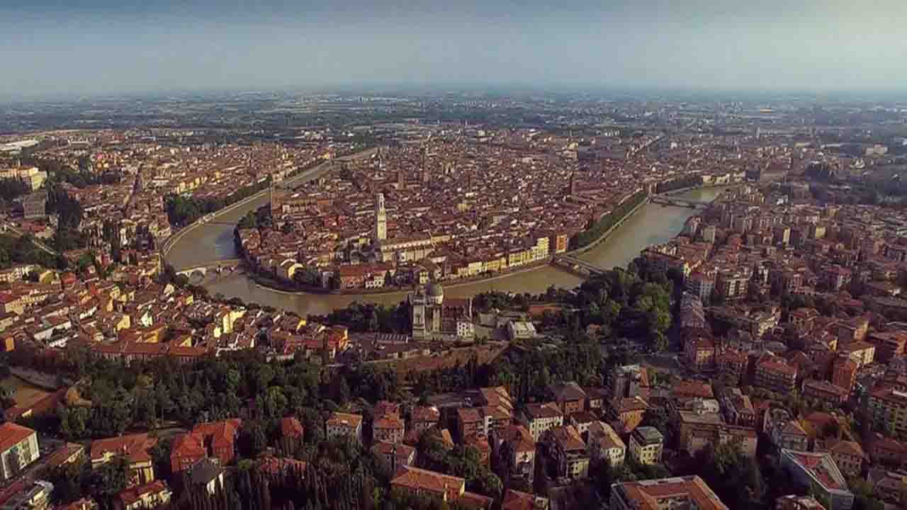 Meteo Verona domani lunedì 24 febbraio: nubi sparse
