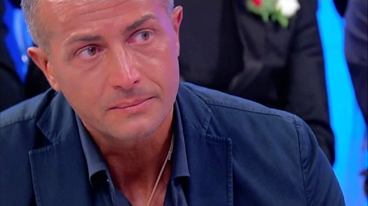 Riccardo Guarnieri cancella Ida Platano | Addio alla coppia
