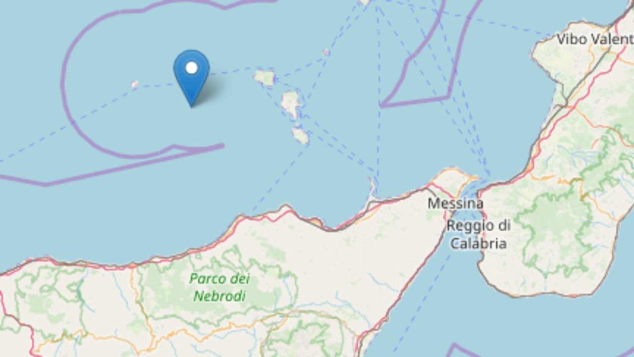 Scossa di terremoto al largo delle isole Eolie