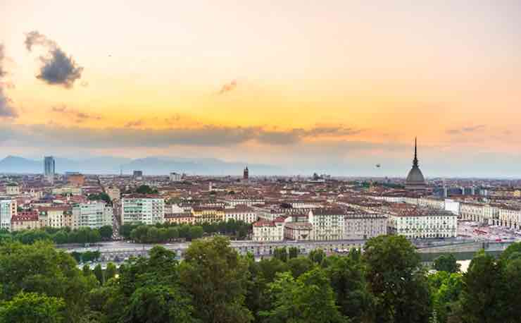 Meteo Torino  domani mercoledì 19 febbraio: cieli sereni