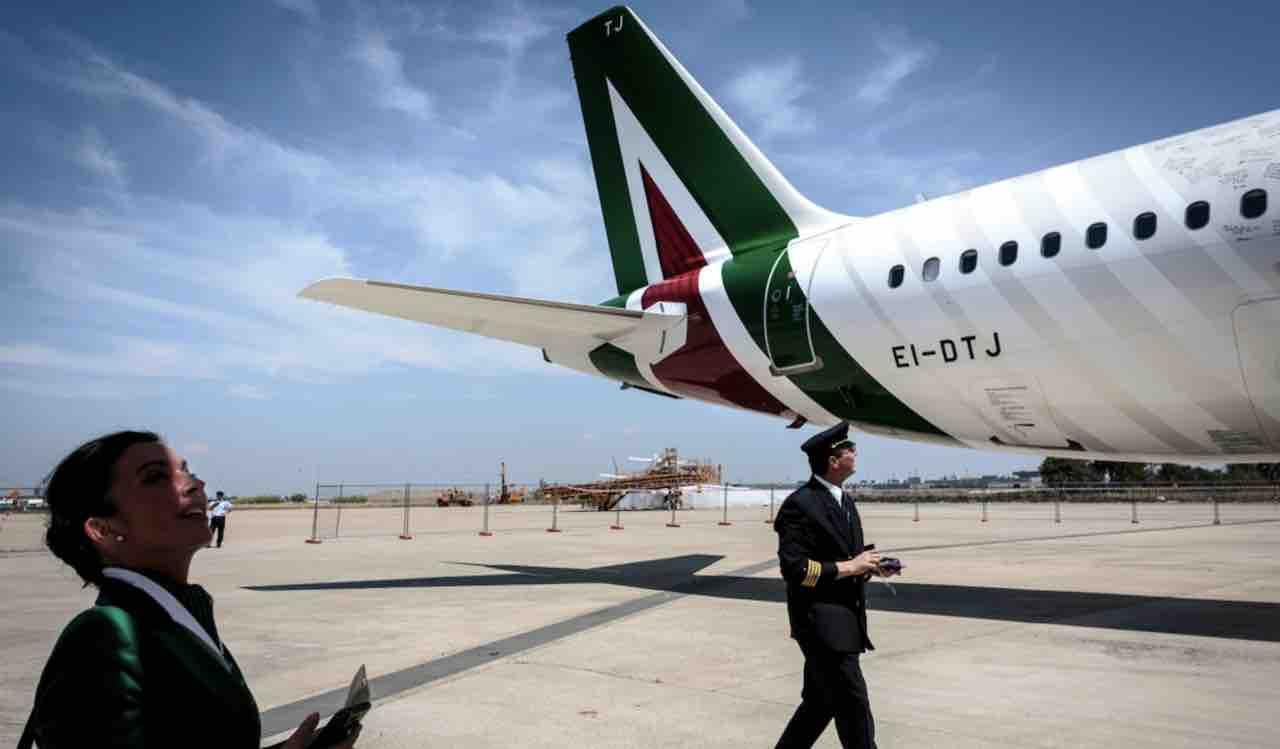 Coronavirus: bloccato volo Alitalia alle Mauritius | 300 ita