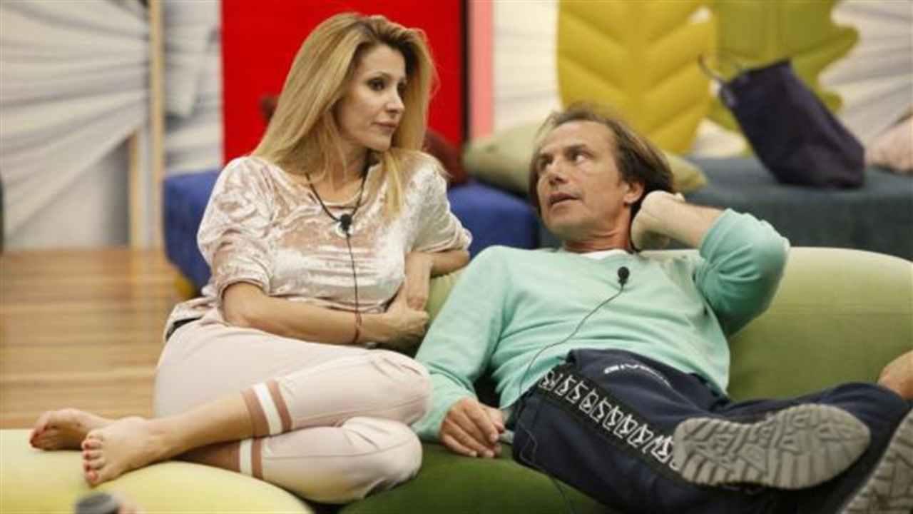 Antonio Zequila scottante segreto su Adriana Volpe | Amore fuori dal GF Vip