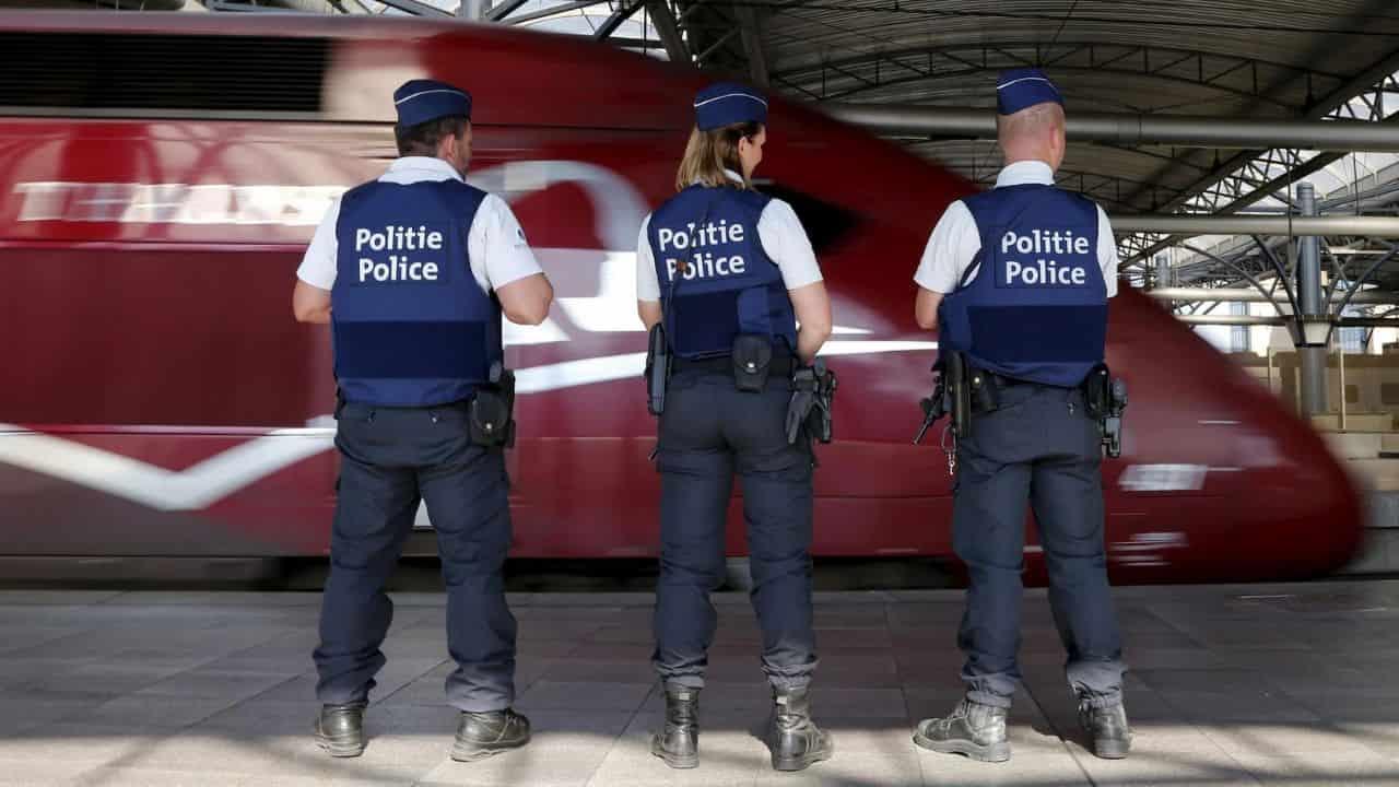 Coronavirus, i controllori dei treni francesi scenderanno al