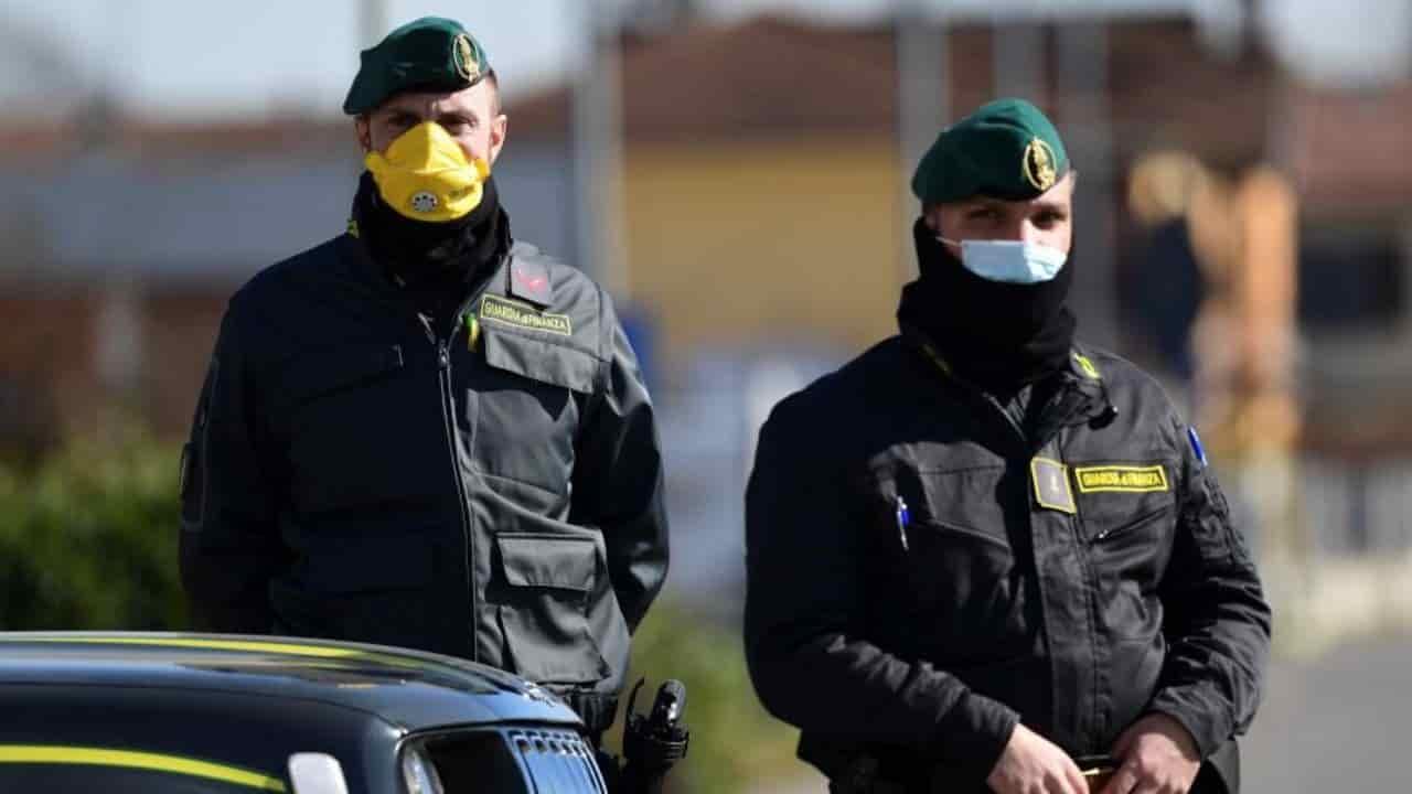 """Emergenza Coronavirus in Italia: bombardamento di """"notizie f"""