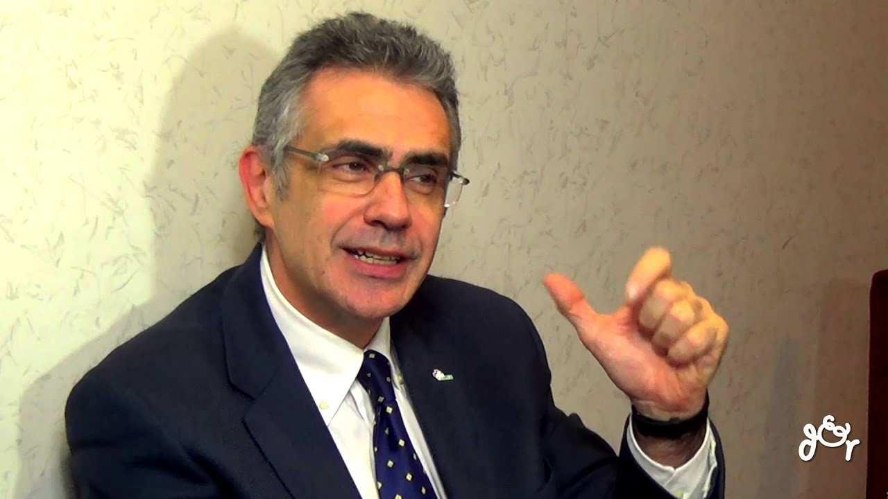 Fabrizio Pregliasco chi e | carriera | vita privata del ricercatore - meteoweek
